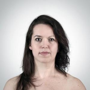 дочь/мать: Вероника - 29 лет и Франсин - 56 лет.