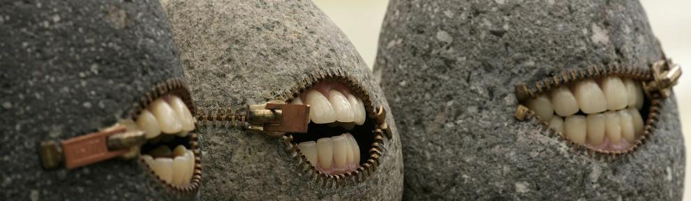 А у нас в Рязани камни с…зубами! Своеобразные скульптуры Хиротоши Итох