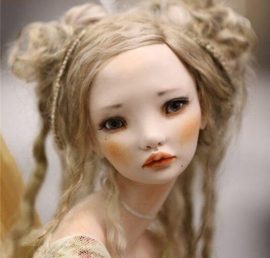 Изящные работы Алисы Филипповой: авторские куклы – словно живые
