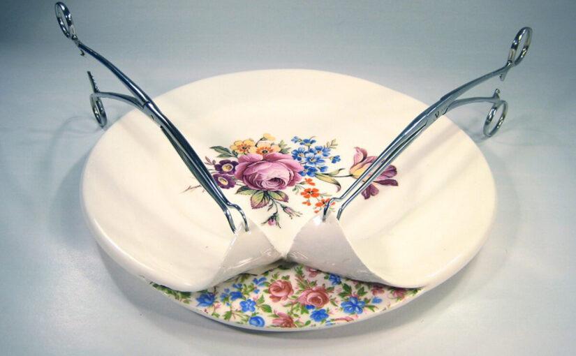 Обнаженная душа посуды от Бекки Ридсдел
